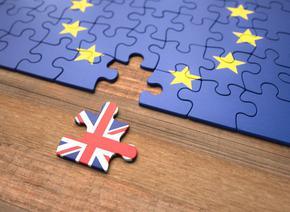 Подновиха преговорите за Брекзит, три са препятствията пред сделката