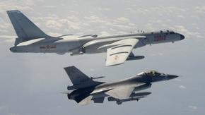 """""""Провокация"""" с над 100 самолета край Тайван повиши напрежението между САЩ и Китай"""