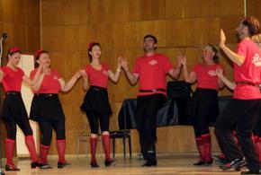 Разрешиха заниманията на фолклорни и самодейни състави в Шуменско