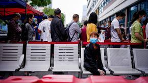 В Ухан след коронавируса: облекчение и тегнещ страх