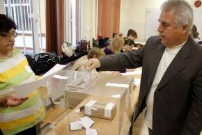 8 453 гласуваха до 10,00 часа в Шуменско