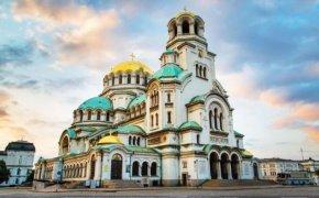 """Заради коронавируса литургиите в """"Александър Невски"""" ще бъдат излъчвани онлайн"""