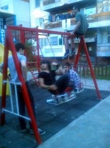 Детска площадка за деца от 0 – 7 години