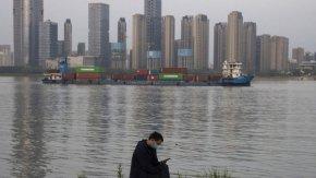 Британски учени: Първият случай на COVID-19 в Китай може да е бил през септември