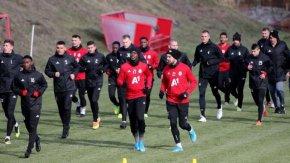 Проверка на здравните власти не е открила нарушения от футболните клубове