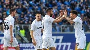 """Футболистите на """"Славия"""" са предложили да намалят заплатите си"""