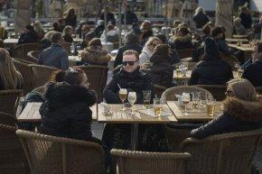 СЗО: Швеция без карантина може да е модел за връщане към нормален живот