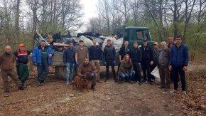 10 тона с отпадъци събраха горските от ДГС-Преслав