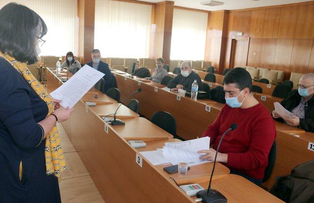 Двама са кандидатите за омбудсман на община Шумен