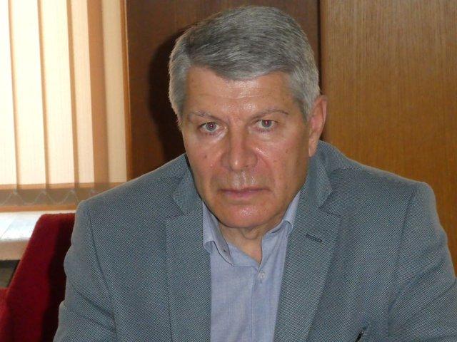 Зам.кметът по образование в община Шумен Найден Косев.