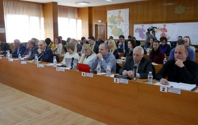 Общинският съвет днес не обсъди въпроса за кръст на Шуменското плато