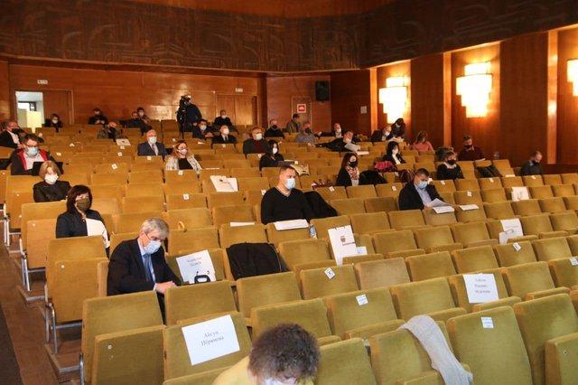 Съветниците се разделиха в мнението си дали да се вдигне заплатата на кмета на Шумен.