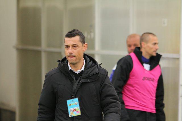 Александър Томаш дебютира начело на Етър с равенство в София.