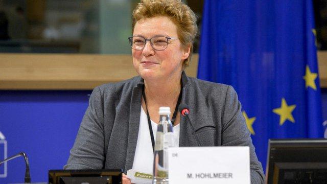 Германският евродепутат Моника Холмайер (ЕНП) е председател на парламентарната комисия за бюджетен контрол