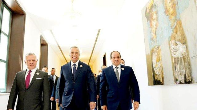 Йорданският крал Абдуллах Втори с иракския премиер Мустафа ал Казими и египетския президент Абдел Фатах ас Сиси в Багдад. Сн. Ройтерс