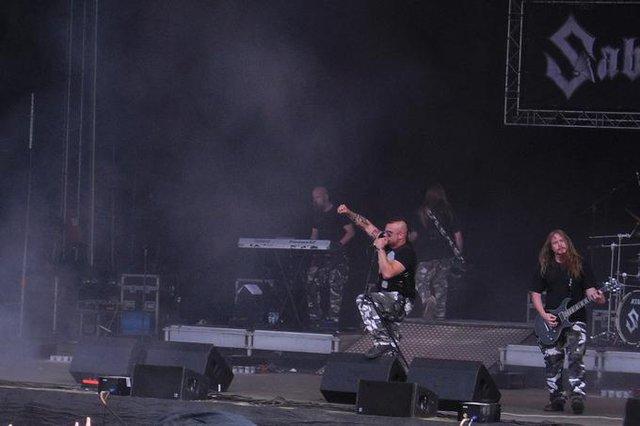 Sabaton с участието на Рикард Сунден `(вдясно) Сн: Уикипедия/Dark Apostrophe