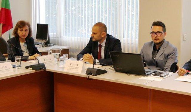 Любомир Янев (в средата)  © МВР