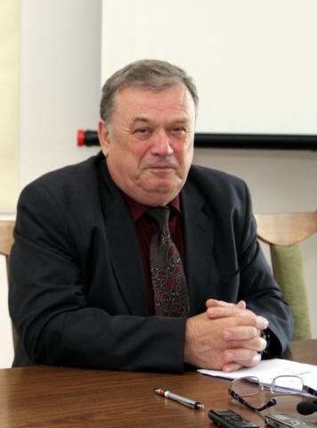 Върбан Върбев е и началник на просветния инсекторат в Шумен
