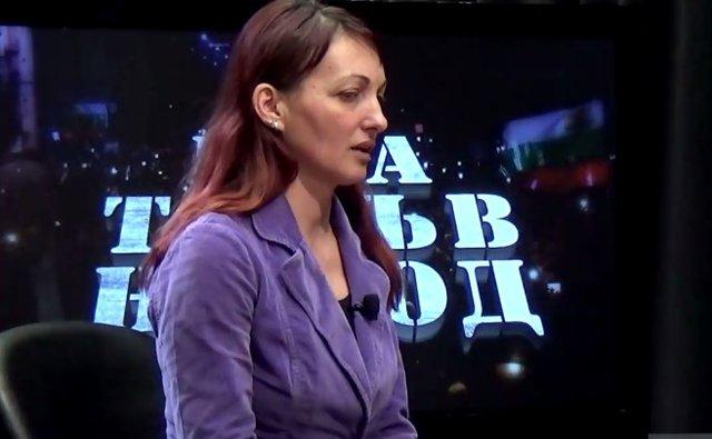 Нерихан Ибрям. Стопкадър от видео във Фесйбук страницата на Слави Трифонов