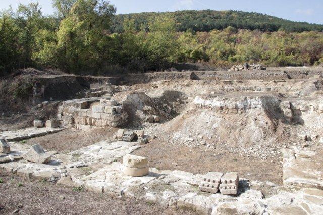 И тази гоина продължават проучванията на старите столици Плиска и Велики Преслав. снимка: архив.