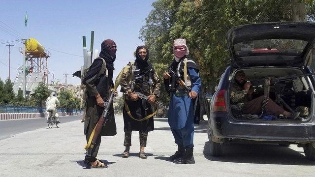 Талибани в град Газни Сн.AP