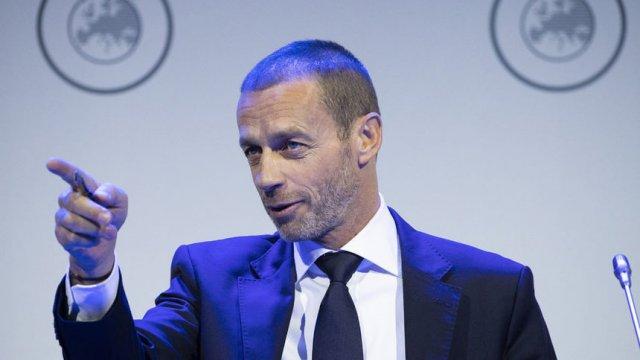 """Президентът на УЕФА Александър Чеферин вярва, че """"футболът ще бъде в основата на живота"""", когато светът се върне към нормалния си ритъм след пандемията. Сн. АП"""