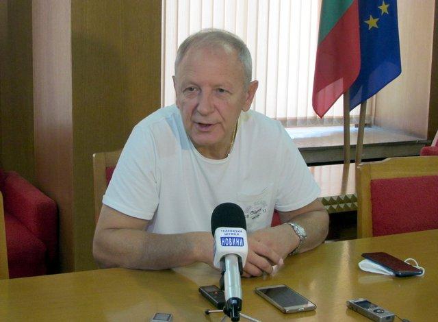 Диригентът Станислав Ушев заяви, че участието на фестивала в София е вжна изява за Симфониета - Шумен