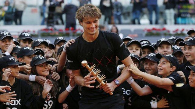 """Александър Зверев спечели турнира """"Мастърс"""" в Мадрид през 2018 г. Сн. Associated Press"""