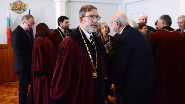 Филип Димитров при полагането на клетва като конституционен съдия през 2015 г.© Цветелина Белутова, Капитал